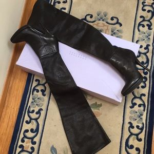 NWT Vera Wang Olivia black leather thigh high boot